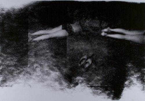<strong>Robert Fichter</strong>[Shoes and legs],ca 1967Silver chlorobromide print,22 x 32 cmVisual Studies Workshop Collection,Estate of Alice Wells1971:4744Aperture: 8Camera: NIKON D60Iso: 100Orientation: 1